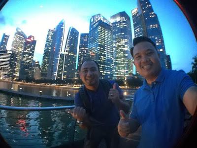 Masa travel back pack ke Singapura