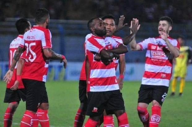 Hari Ini: Prediksi Skor Bola Liga 1 Indonesia 8 Juli 2018 Terbaru