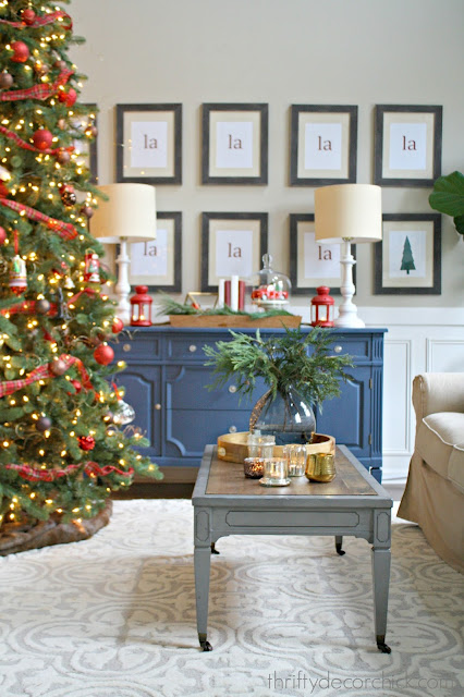 Christmas living room decorating