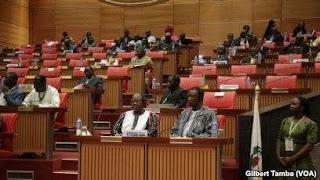 Labaran chikin kasa Nigeria :::  yarjejeni da akayi da ECOWAS akan saka makon zabe