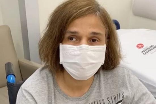 """Claudia Rodrigues é internada em hospital de Curitiba: """"Muita dor"""""""