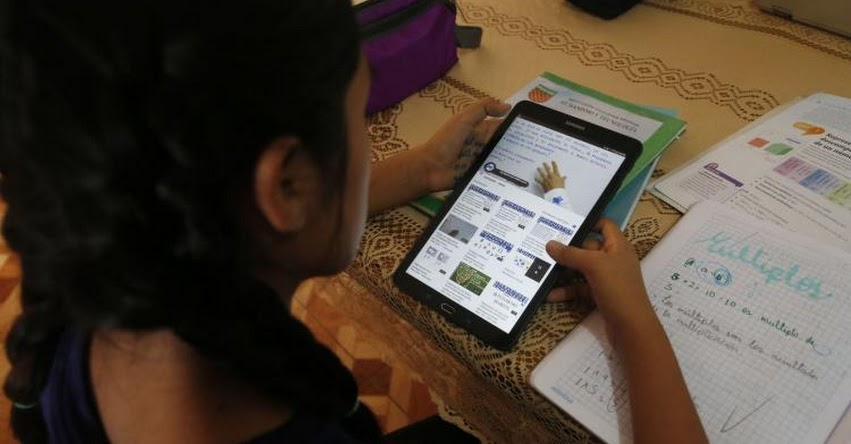 MINEDU alista distribución de tabletas en escuelas públicas a fines de julio