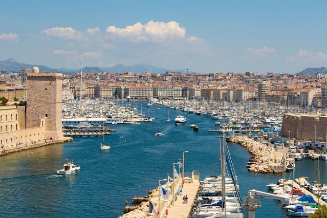 Marsiglia vista dal Palaies du Pharo