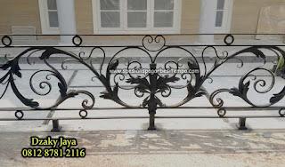 model balkon besi tempa, balkon klasik, railing balkon tempa klasik (2)