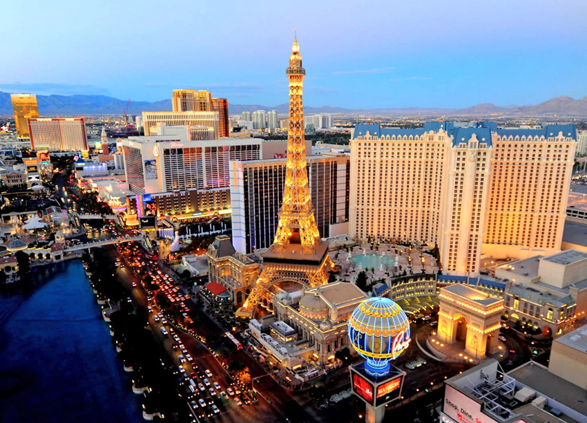 Californian Holiday  – VIVA  LAS   VEGAS !   part  2