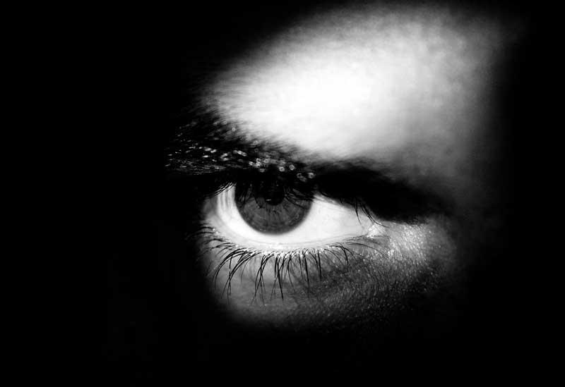 O Que a Bíblia Diz Sobre a Inveja?