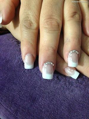 Uñas de Novia con Piedra