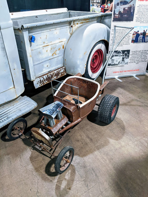 Baby stroller for car enthusiasts