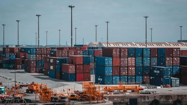 Keuntungan Jualan Barang Impor dari China