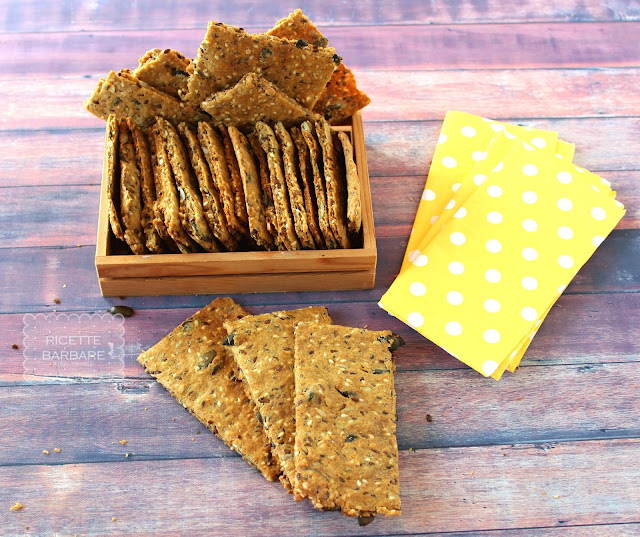Pane croccante o crackers alla segale svedese il Knackebrod