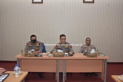 Kapolda Jambi Hadiri Pelepasan Ekspor Perdana Kopi Kerinci di Pelabuhan Talang Duku