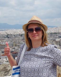 Всем привет! Меня зовут Ольга! Добро пожаловать в мой блог.