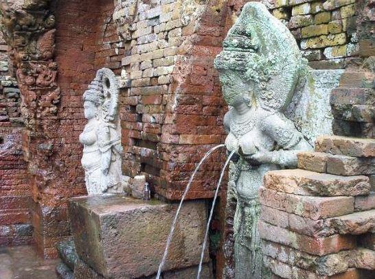 Image result for payudara arca Dewi Laksmi, Candi Sumber Tetek