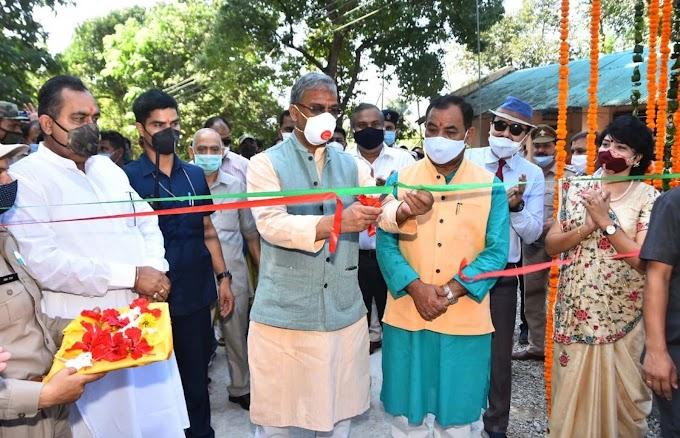 बड़ी खबर-वन मंत्री डॉ हरक सिंह रावत भी कोरोना पॉजिटिव हरक सिंह रावत ने की आज कई कार्यक्रमों में  शिरकत