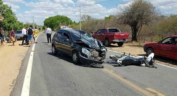 Motociclista morre em batida frontal com carro em Milagres