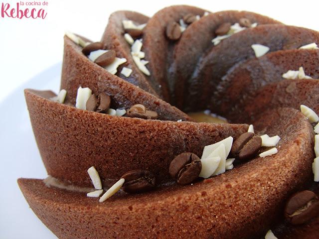 Bundt cake de café glaseado