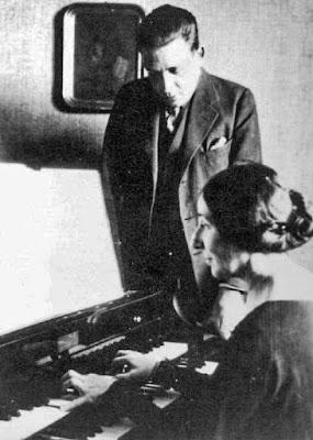 Francis Poulenc & Wanda Landowska (Photo Bibliothèque nationale de France)