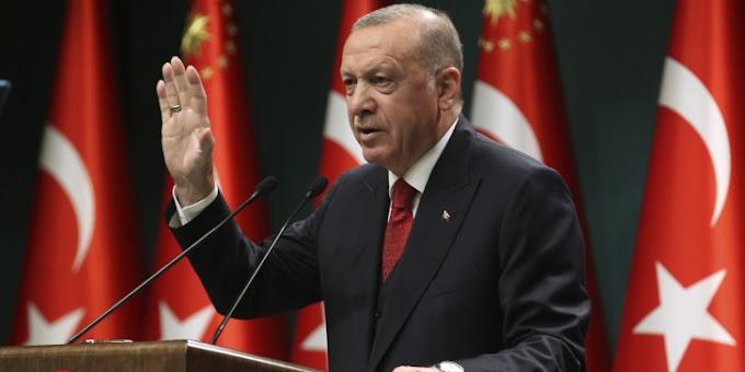 Ερντογάν: Εμπρηστικές δηλώσεις με εικόνες πολεμικών πλοίων να ανοίγουν πυρ