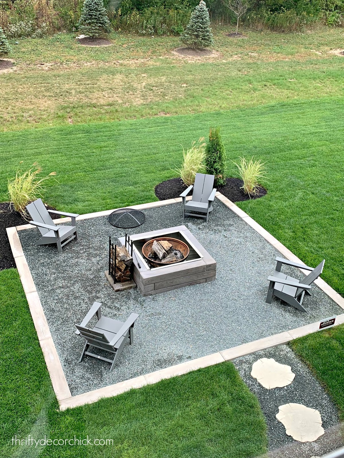 pea gravel fire pit seating area