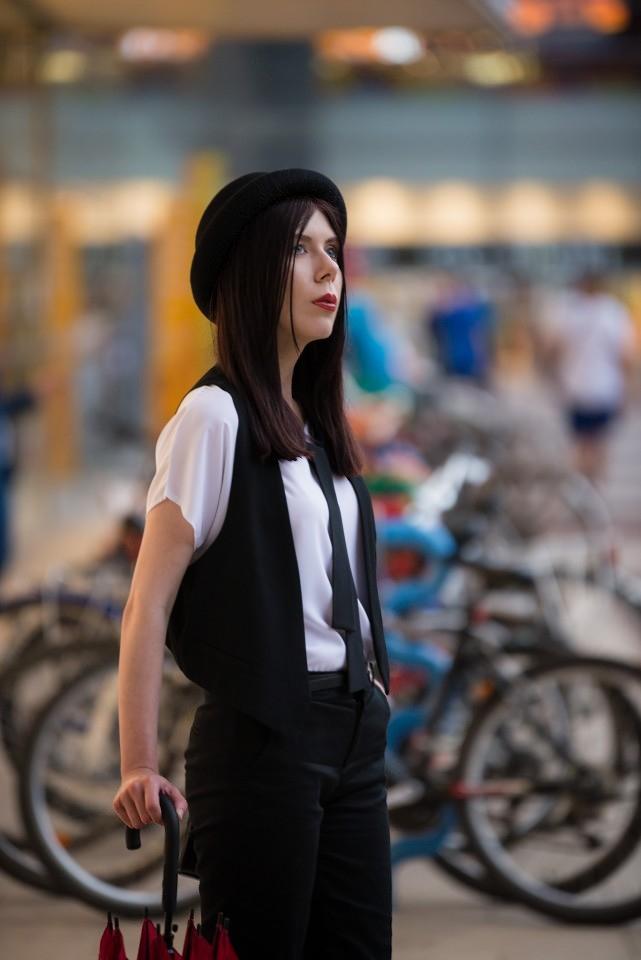 Tessita | bluzka Ismena Tessita | elegancka bluzka z wiązaniem | męski styl w modzie damskiej | bluzka z krawatem | elegancja | blog o modzie | blog modowy | łódzka blogerka | kobieta w meloniku