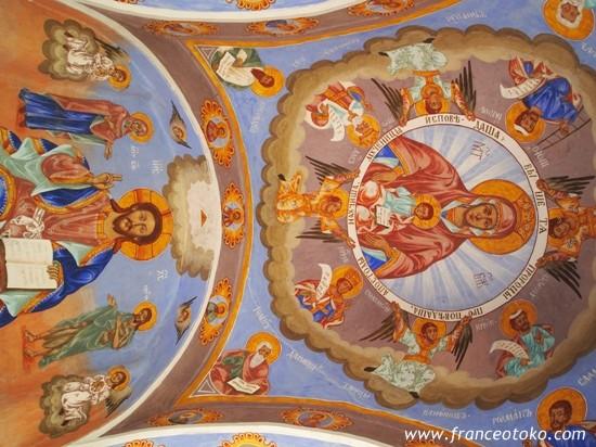 ブルガリアのソコルスキー修道院Sokolski Monastery