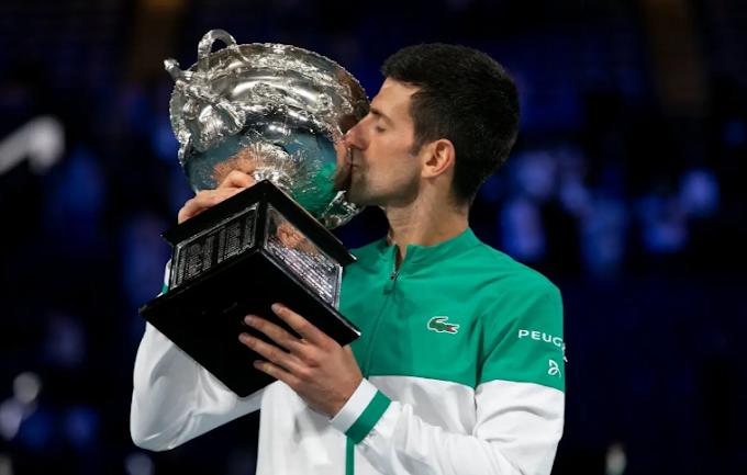 Tennis: Djokovic trionfa agli Australian Open