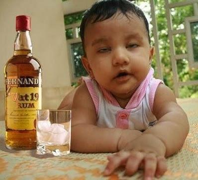gambar bayi mabok lucu