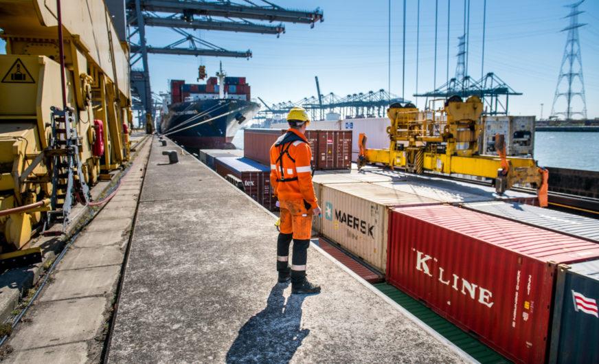 manfaat manajemen logistik, manfaat manajemen logistik bagi organisasi, manfaat mempelajari manajemen logistik, manfaat manajemen logistik menurut para ahli