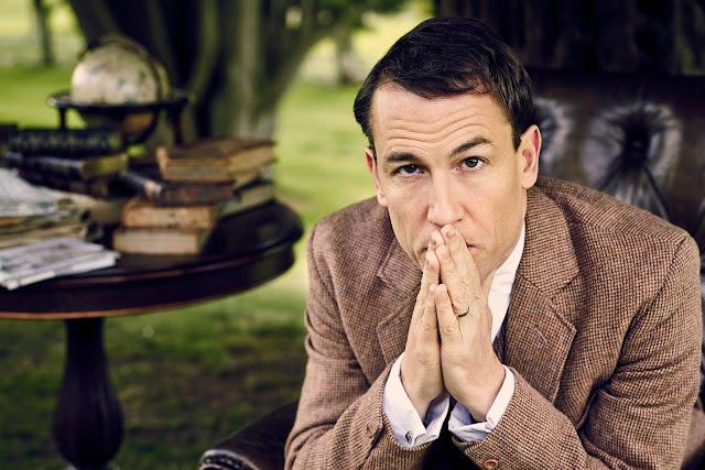 Tobias Menzies vuelve a encarnar a Frank Randall en la T2 de Outlander.