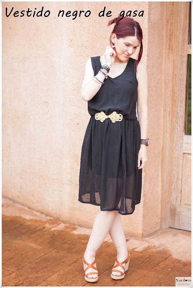 vestido de gasa negro, el ideal para tu próximo evento