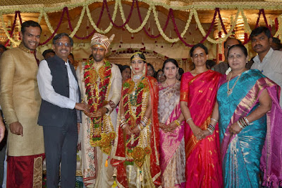 Sabitha_Indra_Reddy_Son_Kaushik_Reddy_Marriage_Photos(1)