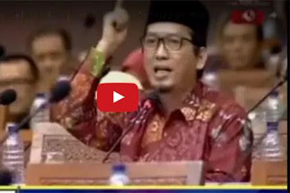 Video: Takbir Menggema di Gedung DPR, Saat Ustadz Muzammil Yusuf (Fraksi PKS)  Sampaikan Aspirasi Umat Islam Terkait Al-Maidah 51