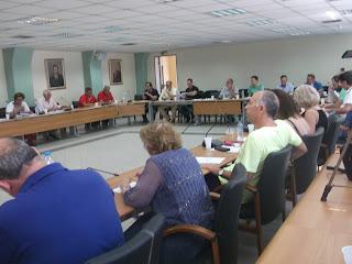 «Αποφασίζομεν και διατάσσομεν» - στο Περιστέρι έχει καταργηθεί το δημοτικό συμβούλιο