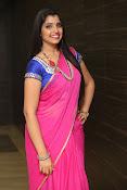 syamala sizzling saree stills-thumbnail-11