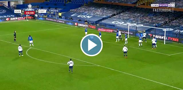 Everton vs Tottenham Live Score