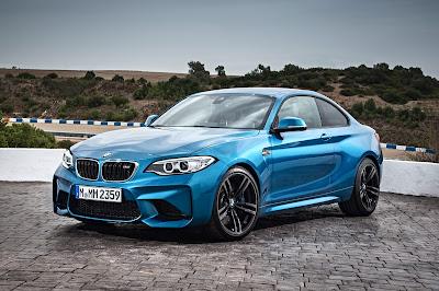 Kereta Sport BMW M2 2016