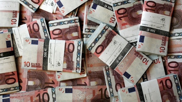Μειώθηκαν οι ληξιπρόθεσμες οφειλές του Δημοσίου προς τους ιδιώτες και οι εκκρεμείς επιστροφές φόρων