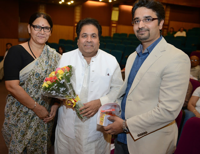 Delhi's intellectual lot came together for a talk on anti ageing at India Islamic Centre recently.