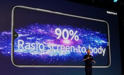 layar Redmi Note 8 lapang dengan rasio layar-ke-bodi 90%
