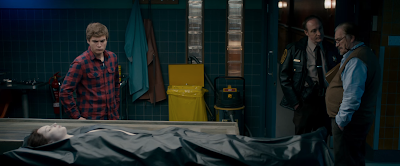 Emile Hirsch, Olwen Catherine Kelly, Michael McElhatton, and Brian Cox in The Autopsy of Jane Doe (2016)