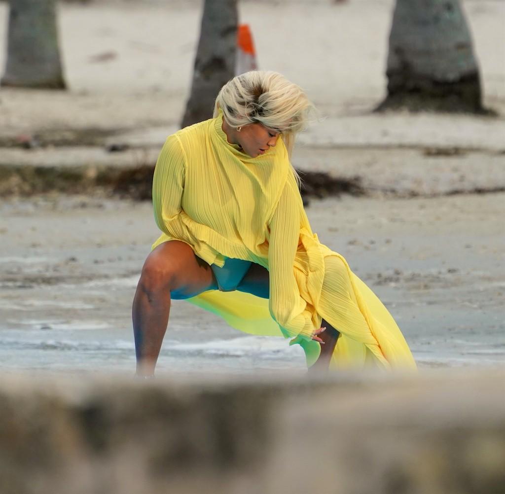 Rita Ora Has Wardrobe Malfunction While Posing In Miami