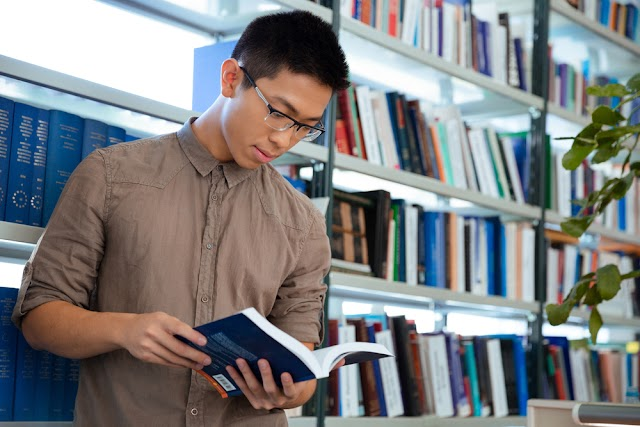 Top 10 cuốn sách hay về kinh doanh sinh viên nên đọc