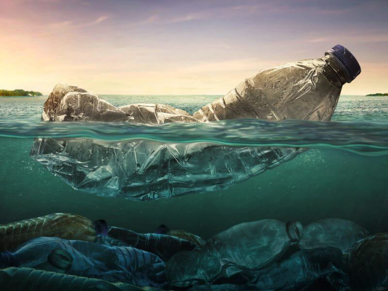 Laut tercemar plastik