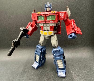 Transformers Premium Finish PF WFC-01 Optimus Prime Official Images