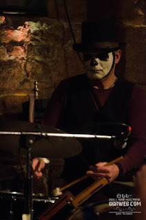 Opera Chaotique - Voodoo drummer