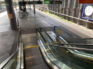 สถานีรถไฟ เงียบเหงา เมื่อเจอโควิด