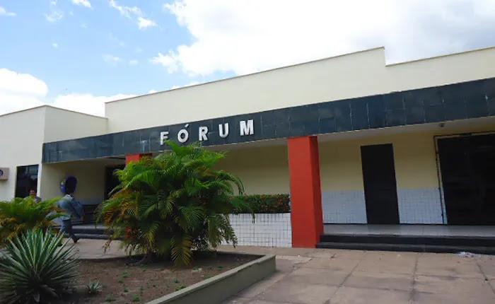 Fórum da Comarca de Chapadinha (MA)