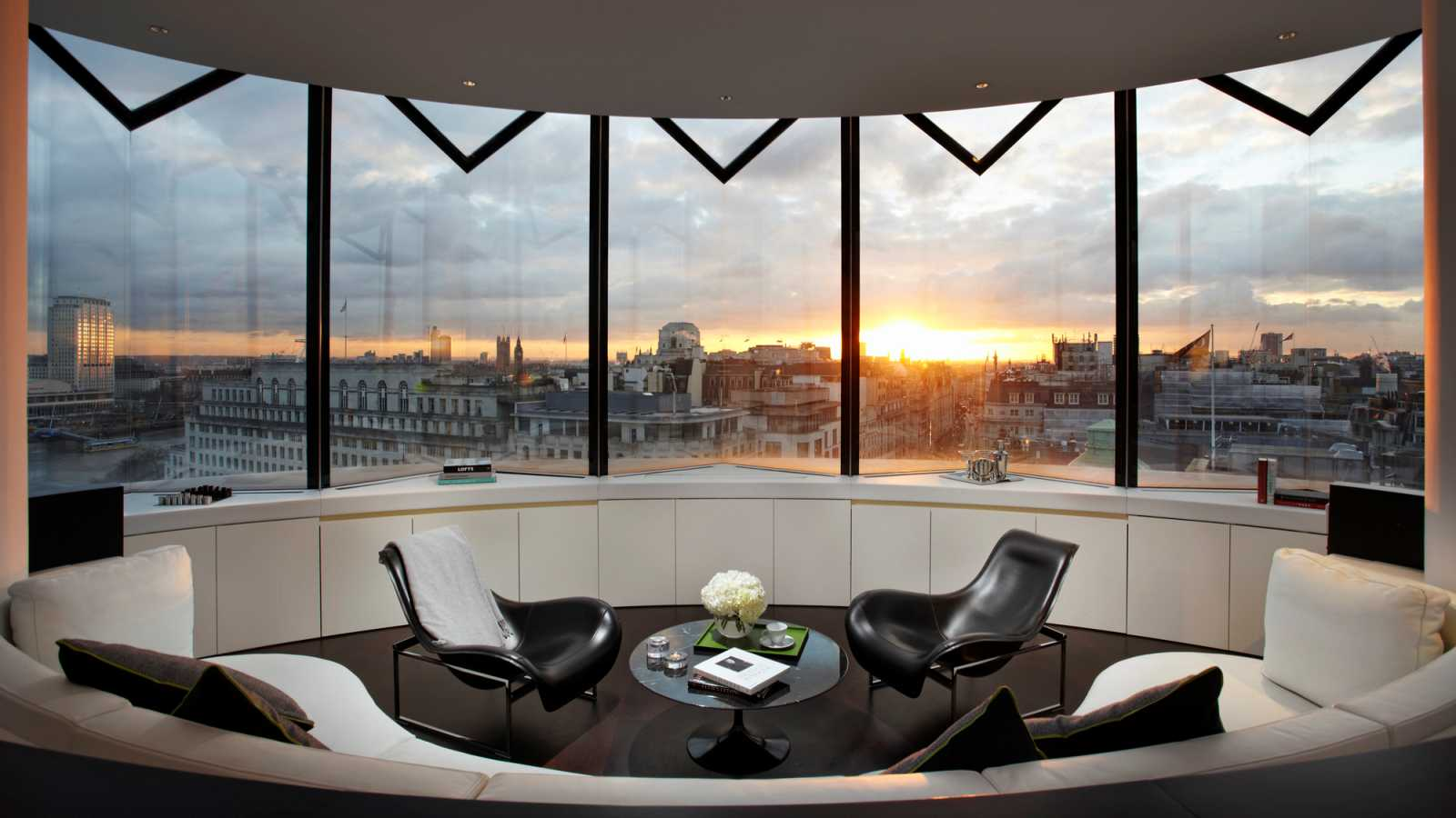 Me Hotel By Foster And Partners A As Architecture