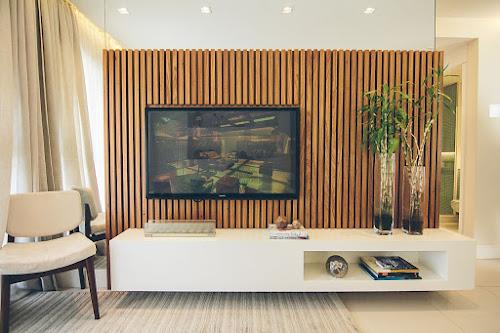 madeira-ripada-painel-tv