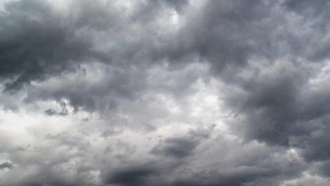 Kilenc megyére adtak ki vészjelzést: brutális szélvihar szakítja szét hamarosan az országot bekebelező ködpárnát